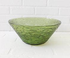 Vintage Avocado Green Anchor Hocking Soreno Chip Bowl, Salad Bowl, Serving Bowl