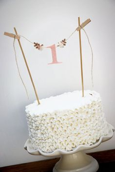 First Birthday Cake Banner, One Cake Banner, Birthday Cake Banner, Smash Cake Banner, One Cake Topp - Food - first birthday cake-Erster Geburtstagskuchen Diy Birthday Decorations, Birthday Cake Decorating, First Birthday Cakes, Birthday Cake Toppers, Receita Red Velvet, Cake Banner, Diy Banner, Food Banner, Diy Cake Topper