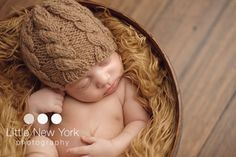 Newborn cable hat in 50 colors, baby natural color knit beanie, brown walnut, newborn photo props Baby Boy Baptism Outfit, Baby Boy Shoes, Baby Boy Outfits, Baby Shower Invites For Girl, Baby Shower Gifts, Newborn Beanie, Trendy Baby Boy Clothes, Diy Baby Gifts, Knitted Baby Blankets