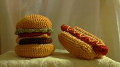 毛糸でハンバーガー&ホットドッグー! Beanie, Crochet, Handmade, Fashion, Moda, Hand Made, Fashion Styles, Ganchillo, Beanies