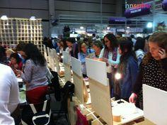 Este es el ambiente que se respira en nuestro stand de la Feria Creativa Valencia. ¡Fantástico!