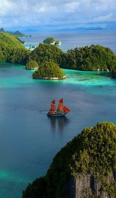 raja ampat islands - #Indonesia
