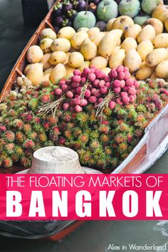 Is a tour of the Damnoen Saduak floating markets in Bangkok still worth it?  Click to read the full review.