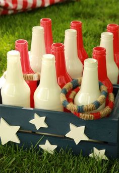 DIY Bottle Ring Toss Game: DIY Backyard Games for the Whole Family - Will Make Summer Even More Awesome! These outdoor games are perfect for your next BBQ or picnic! Diy Yard Games, Diy Games, Backyard Games, Outdoor Games, Outdoor Parties, Outdoor Fun, Backyard Camping, 4. Juli Party, 4th Of July Party
