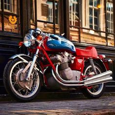 1973 MV Agusta by Legend Motors Lille - orig. Design by Arturo Magni . Mv Agusta, Moto Guzzi, Motorbikes, Cars Motorcycles, Vehicles, Classic, Motors, Instagram, Design