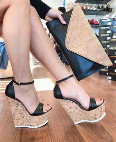 45 Platform Wedges For College - Women Shoes Trends High Heels Boots, Platform High Heels, Black High Heels, Wedge Heels, Shoe Boots, Black Wedges, Cute Heels, Pumps, Hot Shoes