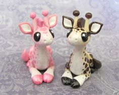 Giraffes are so cute, especially these polymer clay giraffes. I give credit to whoever made these!