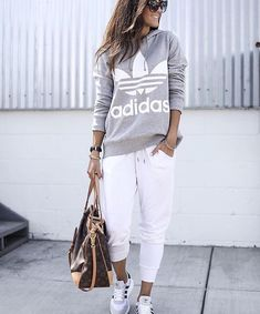Mar 2020 - 20 more sporty casual clothing style sportlic Sporty Outfits Casual Clothing sportlic Sporty Style Mode Outfits, Casual Outfits, Fashion Outfits, Womens Fashion, Sporty Chic Outfits, Casual Wear, Casual Shoes, Look Fashion, Winter Fashion