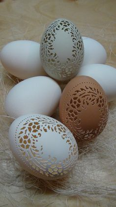 MADE TO ORDER Hand Carved Victorian Lace by theNestatWindyCorner Carved Eggs, Hand Carved, Easter Egg Crafts, Easter Eggs, Chicken Eggs, Farm Chicken, Egg Shell Art, Easter Egg Designs, Victorian Lace