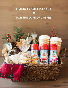 Add a personal touch to your Christmas gifts this year with these unique DIY Christmas Gift Baskets. There are over a hundred gift basket ideas for everyone on your Christmas list Diy Gift Baskets, Christmas Gift Baskets, Holiday Gifts, Gift Basket Ideas, Coffee Gift Baskets, Food Baskets, Homemade Gift Baskets, Hostess Gifts, Homemade Christmas