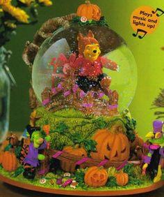 Winnie the Pooh Halloween Werewolf Snowglobe