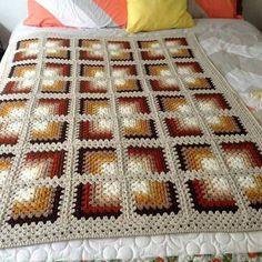 Transcendent Crochet Solid Granny Square Ideas That You Would Love Ideas : . Transcendent Crochet Solid Granny Square Ideas That You Would Love Ideas : Crochet Granny Square Mitred Granny Squar. Crochet Afghans, Motifs Afghans, Crochet Quilt, Crochet Blocks, Afghan Crochet Patterns, Free Crochet, Knitting Patterns, Crocheted Blankets, Blanket Crochet