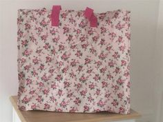 LARGE PINK FLORAL ROSE ZIPPED STORAGE BAG - Laundry,  Christmas Decorations