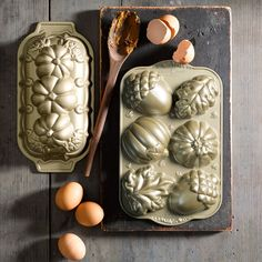 Nordic Ware Fall Cakelet Pan from Williams Sonoma. Pumpkin, leaf, & acorn designs.