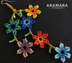 Mexican Huichol Beaded Flower Necklace and Earrings Set от Aramara Seed Bead Jewelry, Seed Bead Earrings, Beaded Earrings, Beaded Jewelry Patterns, Beading Patterns, Art Du Fil, Mexican Jewelry, Pony Beads, Flower Necklace