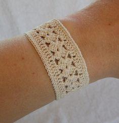 Items similar to Vintage Inspired Crochet Bracelet in Ecru or Beige on Etsy Crochet Bracelet Pattern, Crochet Jewelry Patterns, Crochet Beaded Bracelets, Crochet Stitches Patterns, Crochet Accessories, Crochet Motif, Bracelet Patterns, Crochet Lace, Crochet Hooks