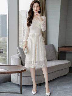 Wedding Guest Dresses Uk, Knee Length Dresses, Short Dresses, Dress Brokat, Simple Gowns, Ulzzang Fashion, Indian Dresses, Elegant Dresses, Beautiful Outfits
