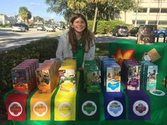 Girl Scout cookie table - Girl Scout cookie table Best Picture For meringue Cookies For Your Taste You are looking for some - Girl Scout Leader, Girl Scout Troop, Boy Scouts, Scout Mom, Daisy Girl Scouts, Girl Scout Cookie Sales, Girl Scout Cookies, Gs Cookies, Meringue Cookies