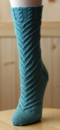 Knitting Patterns Socks Ravelry: Django pattern by Cookie A Loom Knitting, Knitting Socks, Knitting Stitches, Hand Knitting, Crochet Socks, Knit Or Crochet, Knit Socks, Knitting Designs, Knitting Projects