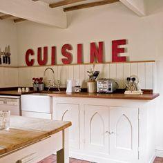 Letras decorativas en la cocina