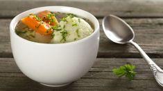 RECEPT: Knedlíčky z tofu a sóje do zeleninovej polievky Chicken Dumpling Soup, Dumpling Recipe, Chicken Soup, Slow Cooker Recipes, Crockpot Recipes, Soup Recipes, Turkey Stew, Stew And Dumplings, Sauteed Carrots