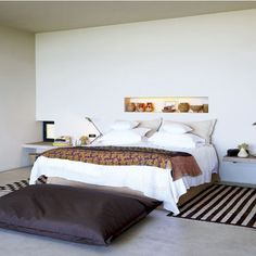 A South Africa Bedroom with Recessed Shelving | Remodelista