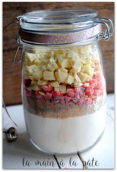 Kit pour sablés aux pralines roses et chocolat blanc