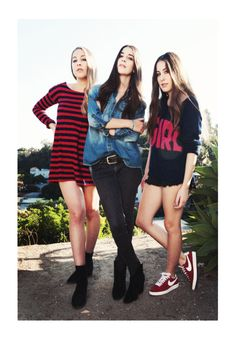 omg im dead. the haim sisters are so perfect. absolutely love this picture
