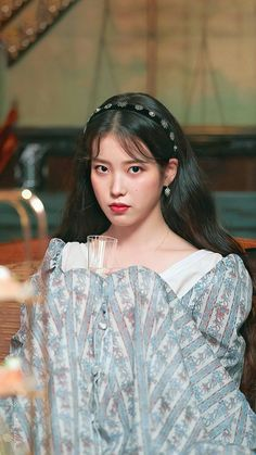 hotel Del Luna Kh ch s n ma qu i Girl Crushes, Foto Snap, Kpop Girls, Kpop Girl Groups, Korean Girl, Asian Girl, Luna Fashion, Kdrama, K Idol