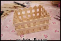 Popsicle Stick Craft Tutorial White Picket Fence Make Up Box Arts and Crafts Exactly what are 'arts & crafts'? Normally, the expression 'arts & crafts' ref Pop Stick Craft, Ice Cream Stick Craft, Popsicle Stick Houses, Popsicle Crafts, Stick Art, Craft Stick Crafts, Wood Crafts, Craft Sticks, Craft Stick Projects
