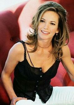 Diane Lane Joins Every Secret Thing – West of Memphis documentarian Amy Berg is making her narrative directing debut with this adaptation of Laura Lippman's mystery novel. Beautiful Celebrities, Most Beautiful Women, Beautiful People, Diane Lane Unfaithful, Diane Lane Actress, Celebrity Photos, Celebrity Babies, Hollywood Stars, Sensual