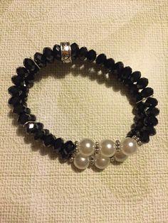 Pulsera doble elástica con perlas