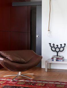 Combo Design is officieel dealer van Label!  ✓Gigi fauteuil makkelijk bestellen ✓ Gratis offerte aanvragen ✓ Altijd de scherpste prijs Eames, Armchair, Lounge, Design, Furniture, Chairs, Home Decor, Lounge Chairs, Sofa Chair