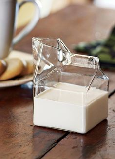 WANT!  Glass carton for milk + cream! #product_design