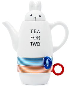 although I'm trying not to start a tea pot collection, it just may happen