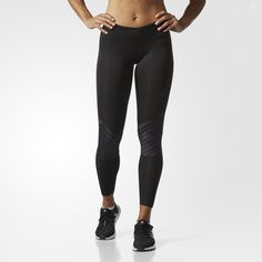 Run in quick-dry comfort in these women's tights. Made of moisture-wicking fabric, they have strategically placed mesh inserts for ventilation where you need it most. Pre-shaped knees provide unrestricted movement, and a sweat-guard pocket helps keep your essentials dry through the miles.