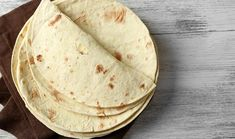 Jamie Oliver 15 minutes Recipes: 2 quick and healthy suggestions - Hair Beauty - Food and Drink - Christmas - DIY and Crafts - Home Decor Superfood, Easy Taco Bake, Healthy Snacks, Healthy Recipes, Keto Snacks, Food Porn, 15 Minute Meals, Homemade Tortillas, Tequila Sunrise