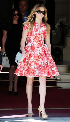 Jennifer Lawrence in red & white floral print dress    I so want this entire look!