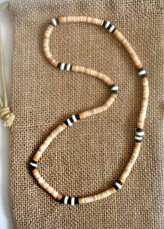 Men's Shell Beaded Stretch Necklace
