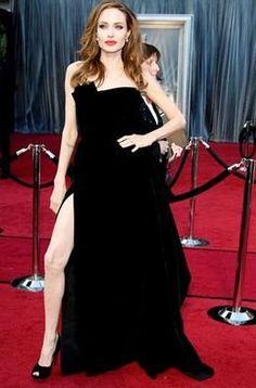 La pierna de Angelina Jolie en los Oscar