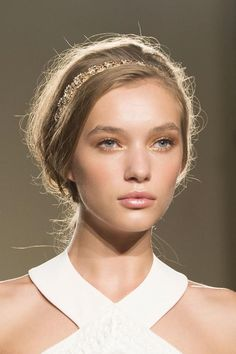 Elisabetta Franchi Spring 2015 Beauty
