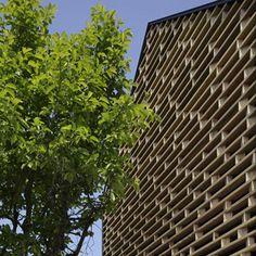 Homeshetics Louvre Fassade sehenswerte in japanischen Homes_House M von AE5 Partner 01 (12)