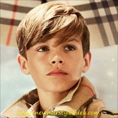 Romeo Beckham Stars in Burberrys Holiday Campaign Little Boy Hairstyles, 2015 Hairstyles, Boys Long Hairstyles Kids, Kids Cuts, Boy Cuts, Toddler Boy Haircuts, Haircuts For Men, Boy Haircuts Long, Haircut Long