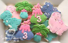 Image may contain: dessert and food Girl Dinosaur Birthday, Girl Birthday Themes, Third Birthday, Elmo Birthday, Birthday Ideas, Dinosaur Cookies, Dinosaur Cake, Dinosaur Party, Dino Cake