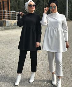 The finest of Modest Fashion for every Muslima Stylish Hijab, Modest Fashion Hijab, Modern Hijab Fashion, Hijab Fashion Inspiration, Muslim Fashion, Stylish Dresses, Fashion Outfits, Modest Outfits Muslim, Stylish Dress Book