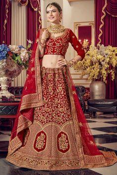 #lehenga #saree #lehengacholi #fashion #indianwedding #indianwear #ethnicwear #wedding #indianfashion #indianbride #bridallehenga #onlineshopping #kurti #lehengalove #bridalwear #weddingdress #designerlehenga #designer #lehengas #bridal #weddinglehenga Lehenga Indien, Red Lehenga, Indian Lehenga, Anarkali, Bridal Lehenga Online, Lehenga Choli Online, Bridal Lehenga Choli, Blouse Designs