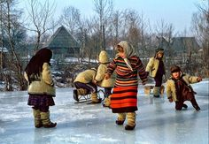 """Romania's legendary holidays take you """"diving"""" inside an unspoiled rural life, where you can witness the authentic customs of the cheerful inhabitants. Hidden Places, People Of The World, Macedonia, Country Life, Golden Age, Tourism, Costume, Couple Photos, Beautiful"""