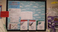 Developing independent learners - help yourself resource station Geography Classroom, Year 9, Classroom Ideas, Teacher, Display, School, Professor, Billboard, Classroom Setup