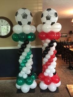 Graduation balloons towers