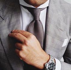 @jimbonutzz wearing the beautiful ties grenadine grey. Choose 10 color online the grenadine 7 fold all handmade. www.cordone1956.it
